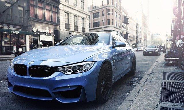 BMW auf der Straße