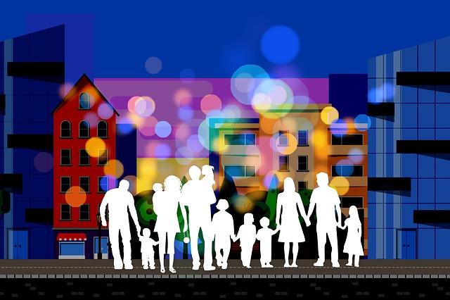 Menschen, die sich in einer Stadt die Hände halten: Die Evangelische Bank eG, Deutschlands größte Kirchenbank, steht für wirtschaftliche und gesellschaftliche Nachhaltigkeit.