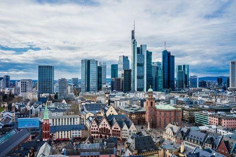 Banken in Frankfurt, die als Konsortium auch einen Konsortialkredit vergeben könnten