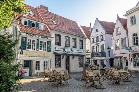 Die schöne Altstadt von Bremen: Wenn Sie in Bremen einen Kredit ohne SCHUFA benötigen, können Sie auch ein Pfandkredit in einem Leihhaus Bremen beantragen!