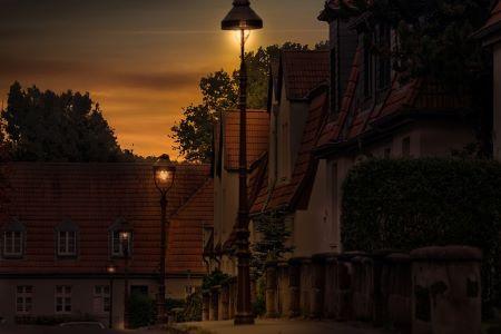 Sonnenaufgang in Gelsenkirchen: Brauchst du wieder mehr Licht in deinem Geldbeutel? Gehe zum Leihhaus Gelsenkirchen und besorge dir einen Sofortkredit ohne SCHUFA!