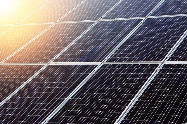 Solarmodule, die mit einem Commerzbank Modernisierungskredit erworben werden konnten