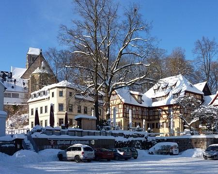 Schlosskirche in Chemnitz: Wenn Sie in Chemnitz einen Sofortkredit ohne SCHUFA benötigen, dann können Sie sich überlegen, in ein Leihhaus Chemnitz zu gehen, um ohne Nachweise einen Pfandkredit aufzunehmen!