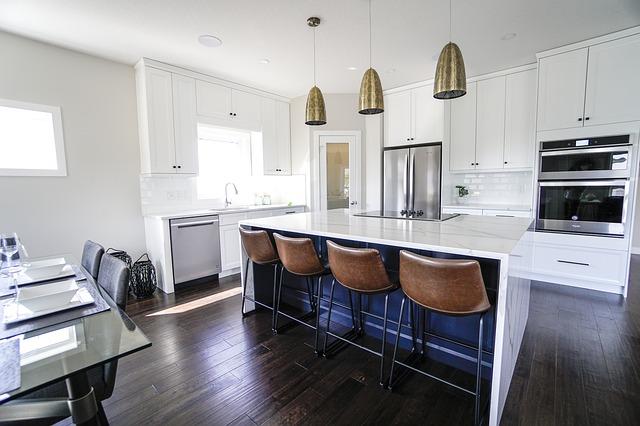 Schöne, moderne Kücheneinrichtung: Nehmen Sie den günstigen Postbank Modernisierungskredit auf und verbessern Sie Ihr Eigenheim!